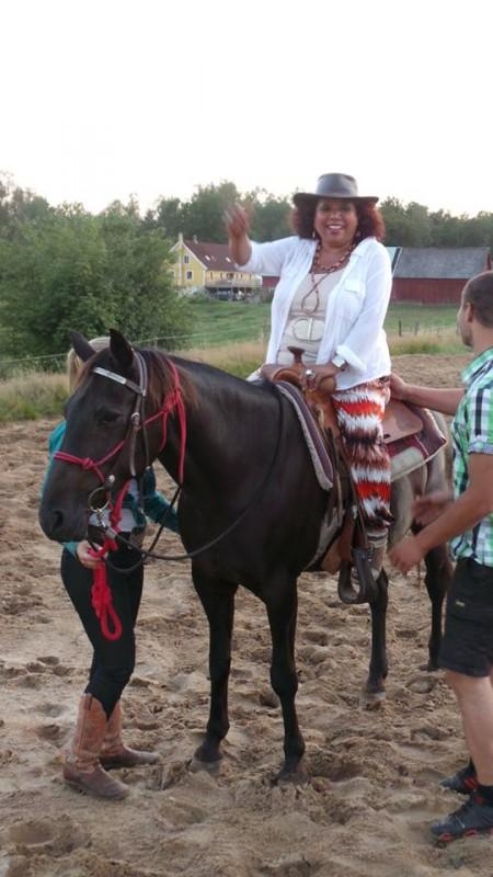 Efi on horse